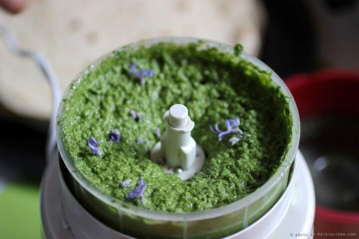 Ricette con le erbe aromatiche: il pesto di piantaggine